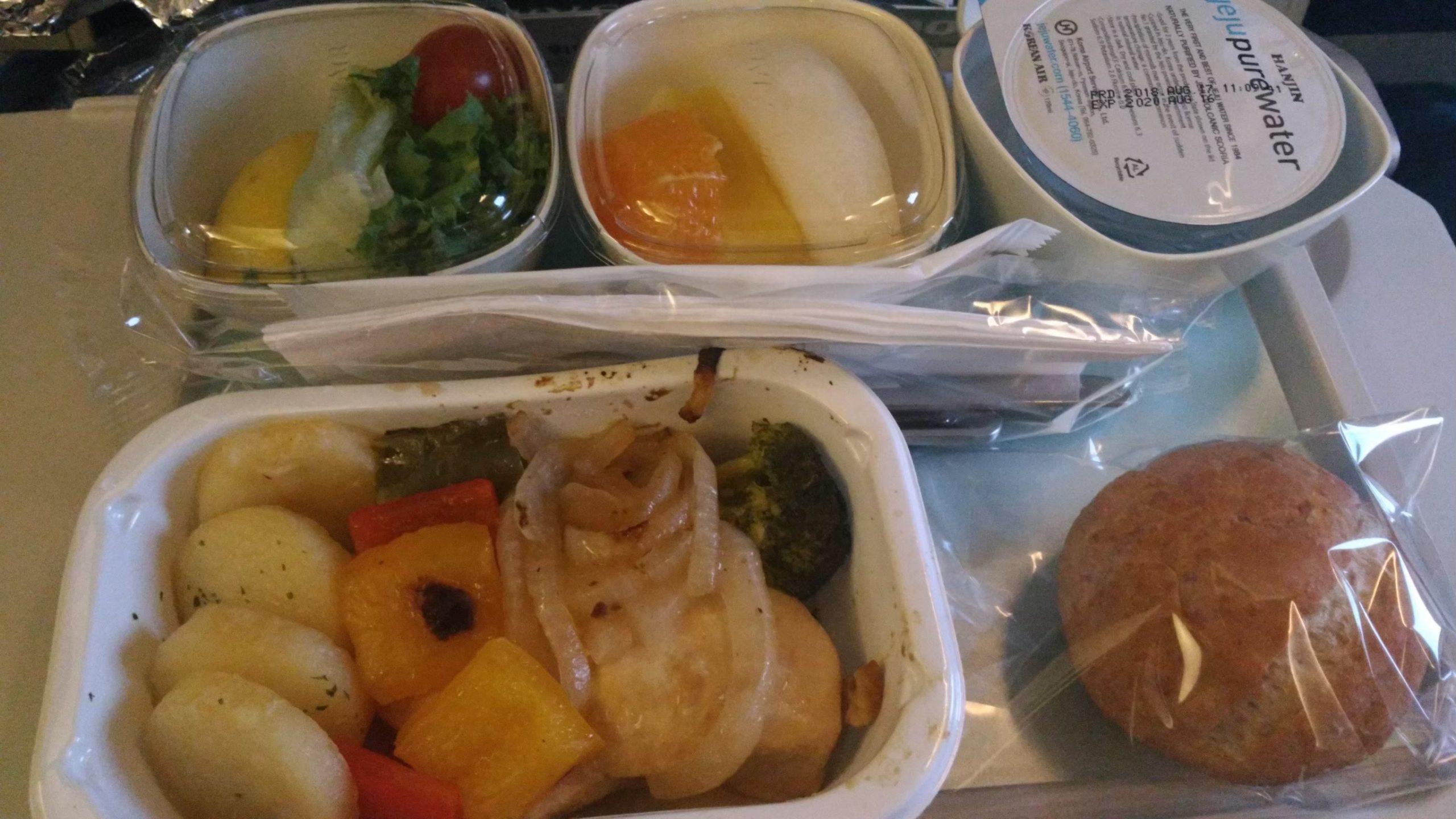 大韓航空 KoreanAir KE 機内食 特別機内食 フルーツミール ラクトオボ ベジタリアンミール 低脂肪ミール
